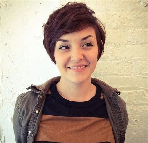 is pixie cut hair ok for chubby cheeks 12 long pixie cuts bangs and bob you will ever need