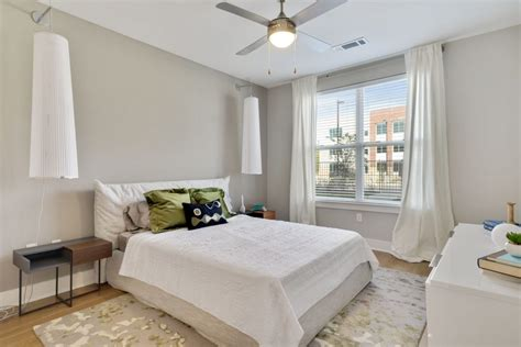luxury  bedroom apartments  rent  baton rouge river house
