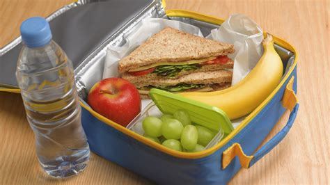 how to clean lunch boxes thermoses and coffee mugs