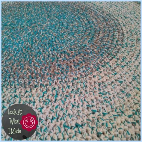 how to crochet a rug out of yarn crochet rug look at what i made