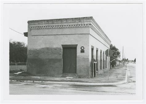 Unt Post Office by Former Hidalgo Post Office Photograph 1 The Portal To