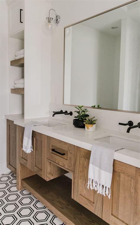 mixing metals  brizo   bathrooms  villa