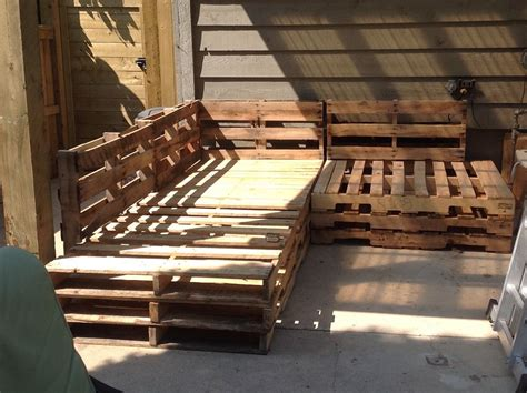 pallet outdoor sectional hometalk outdoor pallet sectional