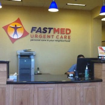 urgent care hiring front desk fastmed urgent care 33 reviews doctors 2460 north