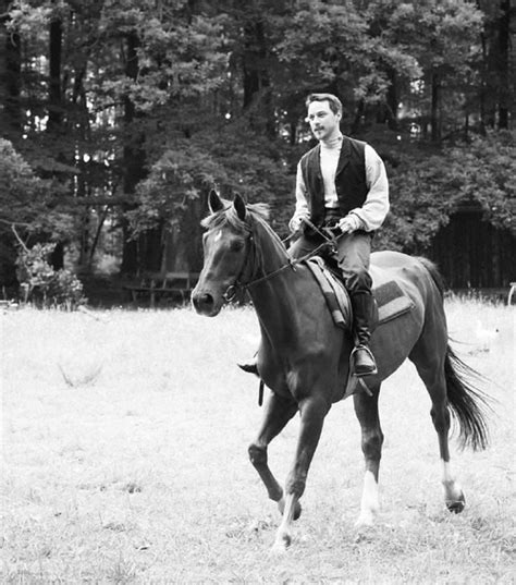 james mcavoy where is he from james mcavoy he is riding a horse ahhhhh men
