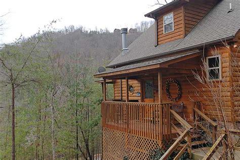 Pigeon Forge Log Cabin Rentals Flowering Radiance Lakes Estates Wears Valley 151 1
