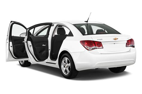 2015 chevrolet cruze dash at guangzhou auto show 2014 2015 chevrolet cruze facelifted at new york show