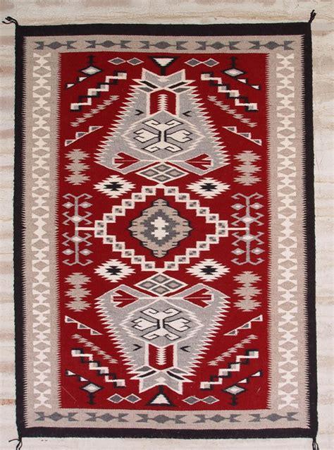 navajo rug weaving regional navajo rugs history s navajo rugs for sale