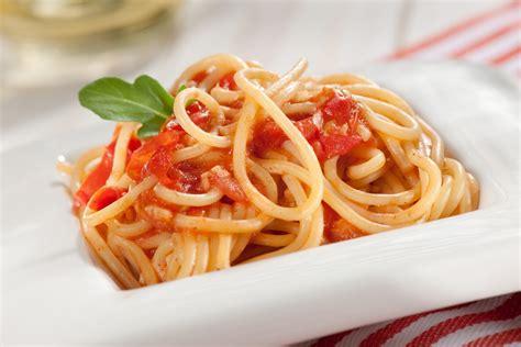 como se cocina la pasta pasta con ajo y tomate super pola