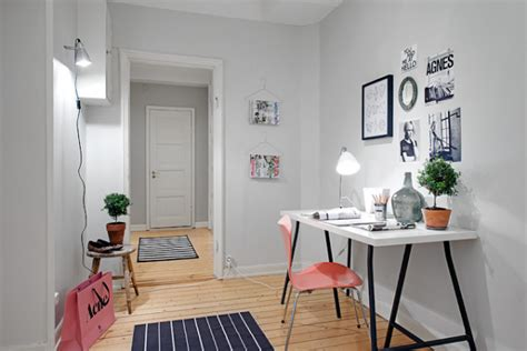 Cute Home Decor by Cute Apartment With Simple Black And White Decor