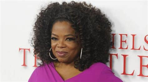 oprah color purple oprah winfrey takes students to see the color