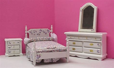 Dollhouse Bedroom Furniture Dollhouse Painted Bedroom Furniture In 1 Quot Scale From Fingertip Fantasies Dollhouse Miniatures