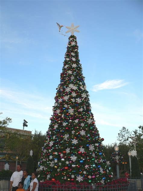 best 28 30 foot christmas tree 5 5 ft x 30 in pink