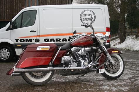 toms garage tom s garage road king flhri bj 2008