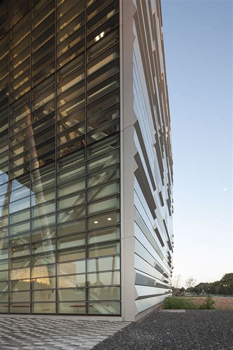 jangho curtain wall rutgers university business school at the livingston