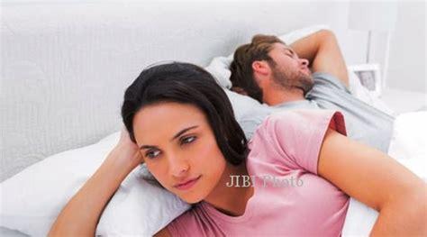 tentang islam ingin cerai dari suami sombong penipu