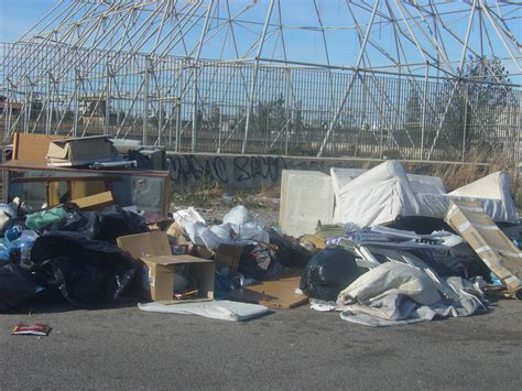 zara home porta di roma rifiuti sel li porta in piazza