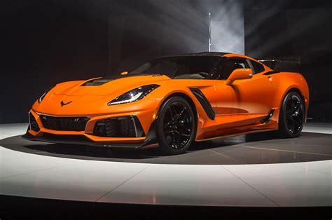 Zr1 Corvette Price by New Corvette Zr1 Convertible Drops 755 Horses Like A Beast