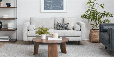 couches  small spaces recommended  experts