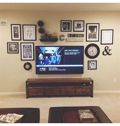 Home Decor Tv Wall 25 Best Ideas About Tv Wall Decor On Pinterest Diy Living Room Bookshelves On Wall And