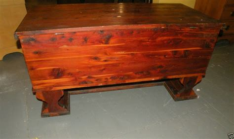 antique cedar bedroom furniture antique red cedar blanket hope chest stretcher base bedroom furniture