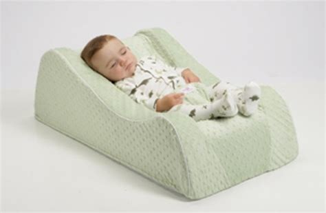 Nap Nanny Baby Recliner by 1000 Ideas About Nap Nanny On Baby Baby