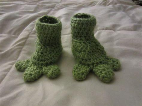 crochet dinosaur slippers crochet baby booties dinosaur