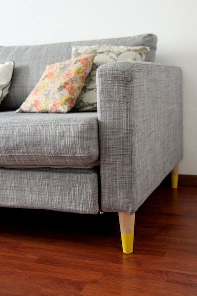 painting sofa d i y pattern painted sofa and bed and table legs