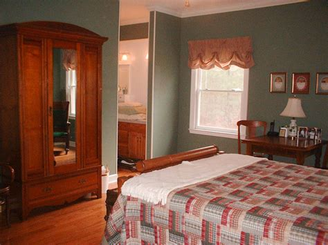 feng shui my bedroom my friend katherinecluttered bedrooms organized by macon