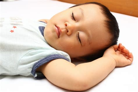 sleeping in asia free parenting resources on newborn and infant sleep the