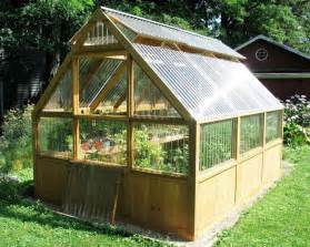 green homes plans 25 best ideas about greenhouses on backyard