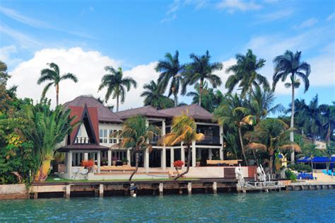 coral gables luxury homes coral gables luxury homes come with limitless water views