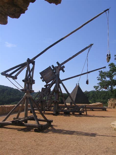 siege cook siege weapons perriere mangonel trebuchet