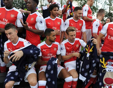 arsenal current squad arsenal wear christmas jumpers for charity arsenal don