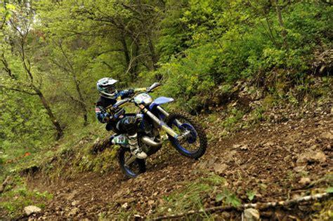 125ccm Motorrad Einfahren by Dmsb Junior Team Em Auftakt In Italien Enduro De Magazin
