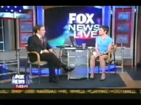 Shortest Skirt On Fox News | reporter s skirt fails doovi