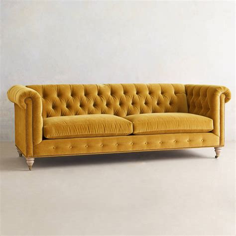 buy chesterfield sofa how to buy a chesterfield sofa bestartisticinteriors com