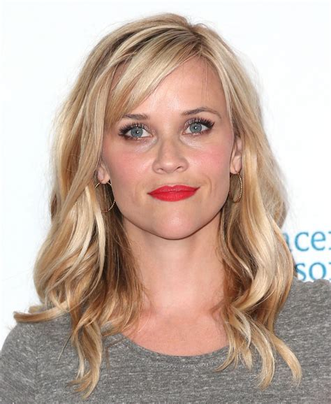 Reese Witherspoon - reese witherspoon at 4th annual stand up 2 cancer live