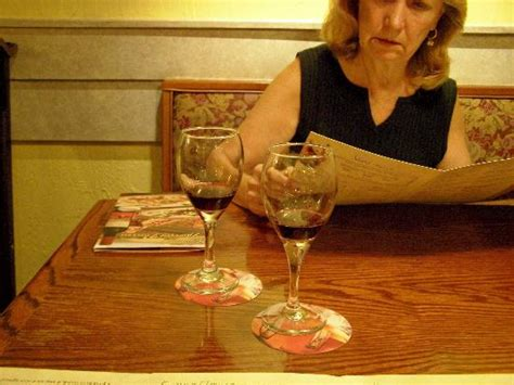complimentary wine sle picture of olive garden