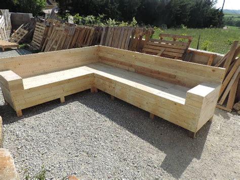 Construire Un Canapé En Palette by Canap 233 D Angle En Palettes Guide Astuces