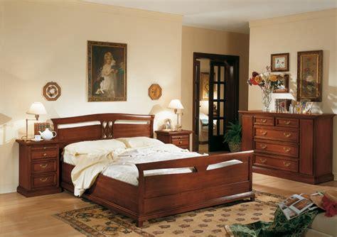 come soddisfare il partner a letto arredamento zona notte in stile classico dane mobili