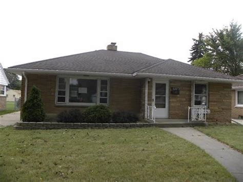 house for sale in racine wisconsin 3122 erie st racine wi 53402 bank foreclosure info reo properties and bank owned