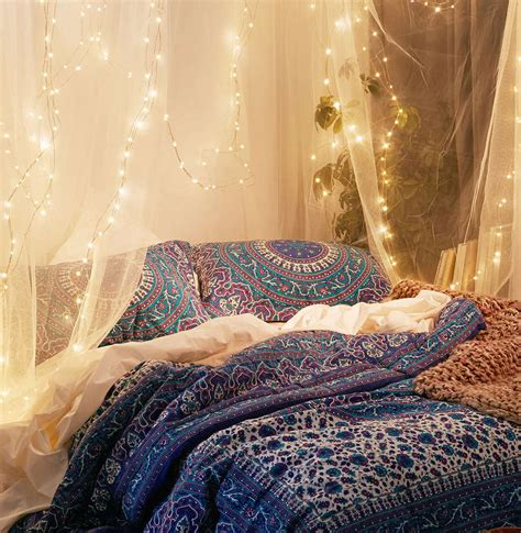 How To Give Gypsy Look To Bedroom Decor Royal Furnish Decorating With Lights