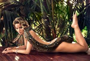 Bathtub Wraps Jennifer Lawrence Poses With A Python For Magazine
