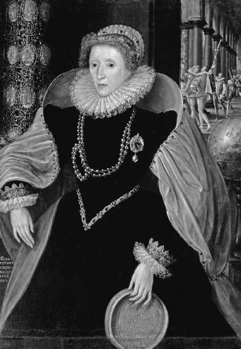 Collinson Elizabethan Essays by Collinson Elizabethan Essays