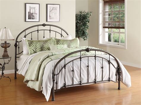 Iron Headboards And Footboards by Metal Headboards And Footboards Trends Including Iron Beds