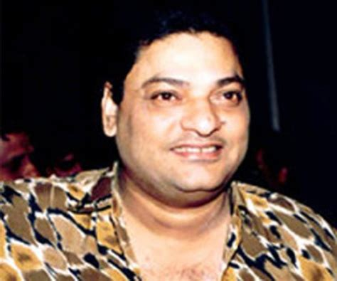 biography of indian film directors shomu mukherjee bio facts family life of indian film