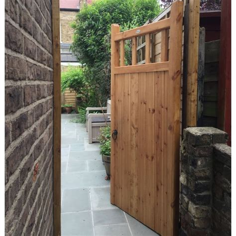 25 best ideas about wooden side gates on side