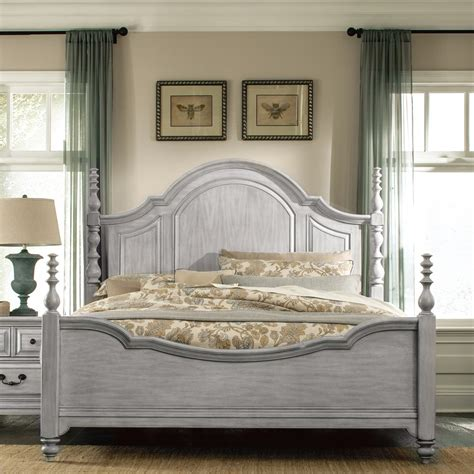 graues holzbett wood poster bed in weathered grey humble abode