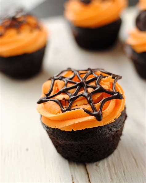 images of halloween cupcakes leanne bakes halloween cupcakes